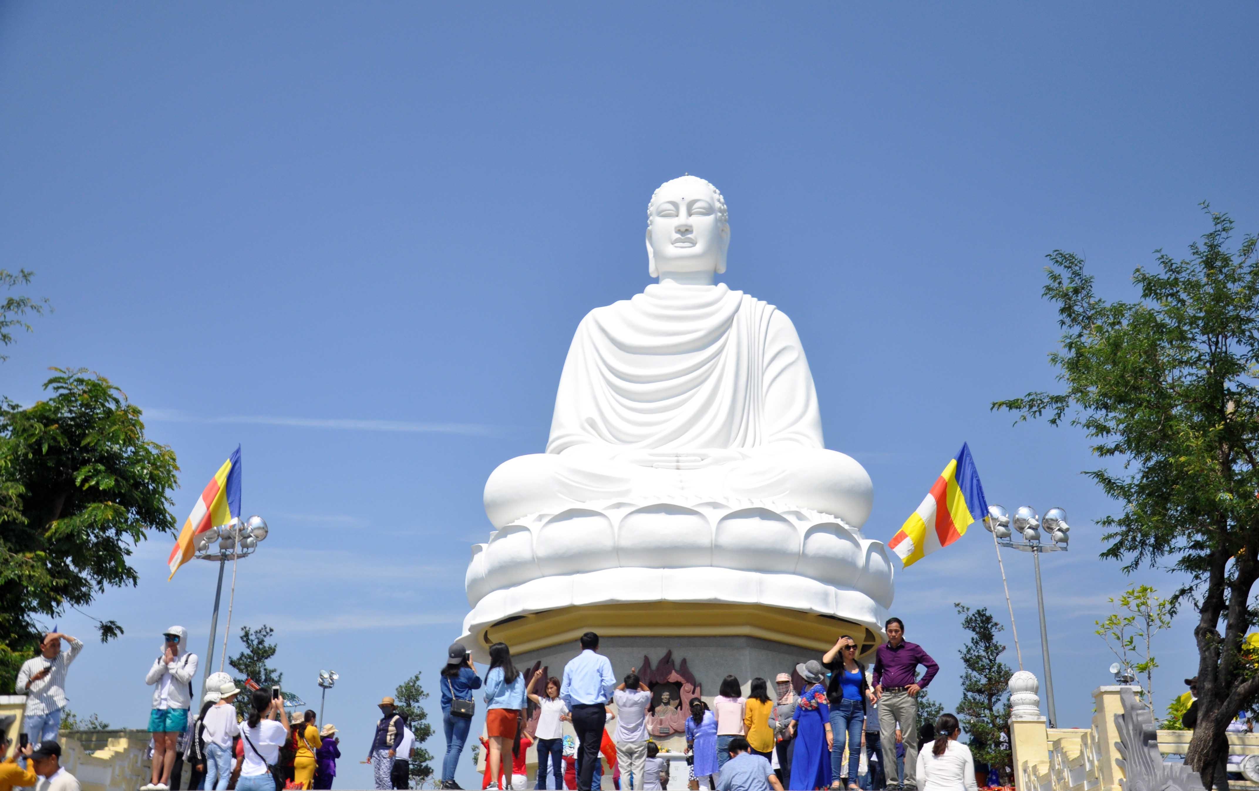 Chùa Phật trắng